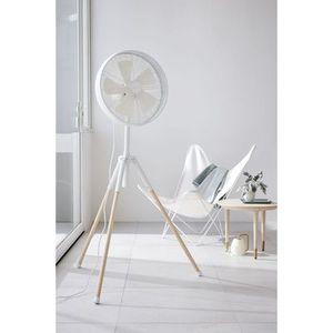 ventilateur sur pied breeze scandinave lucci air